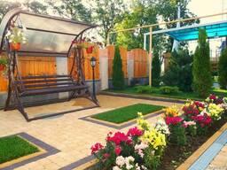 Ландшафт, газон, цветы в Бишкеке