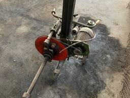 Приспособлений для откручивания гаек колес грузовых машин
