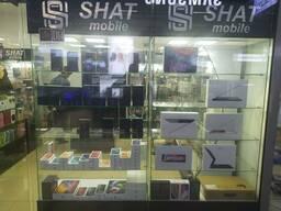 Продаю Б/У торговое оборудование для сотовых телефонов