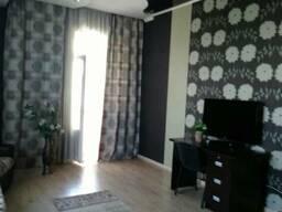Сдаю 2 комнатную квартиру посуточно в центре города, Боконба