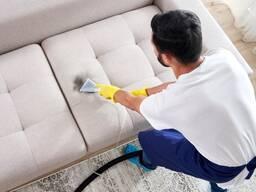Химчистка диванов, ковров.
